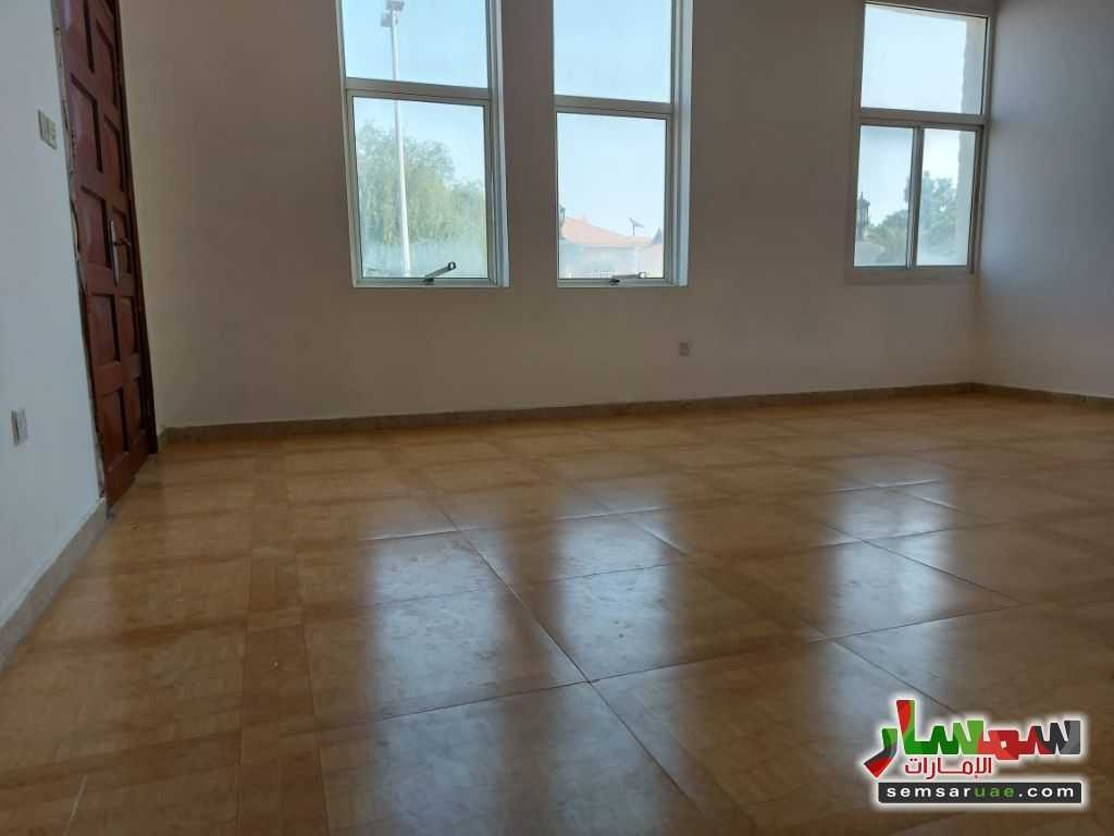 Ad Photo: Apartment 1 bedroom 1 bath 900 sqft super lux in Al Khalidiya  Abu Dhabi