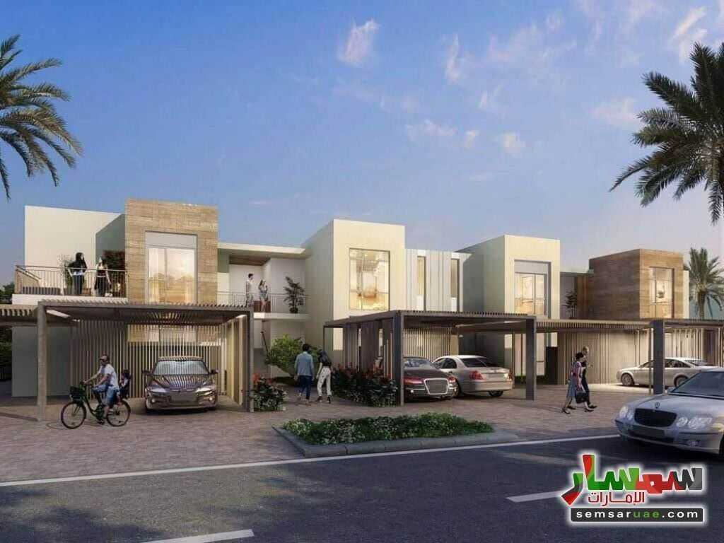 Ad Photo: Villa 2 bedrooms 3 baths 2304 sqft extra super lux in Dubai Investment Park  Dubai
