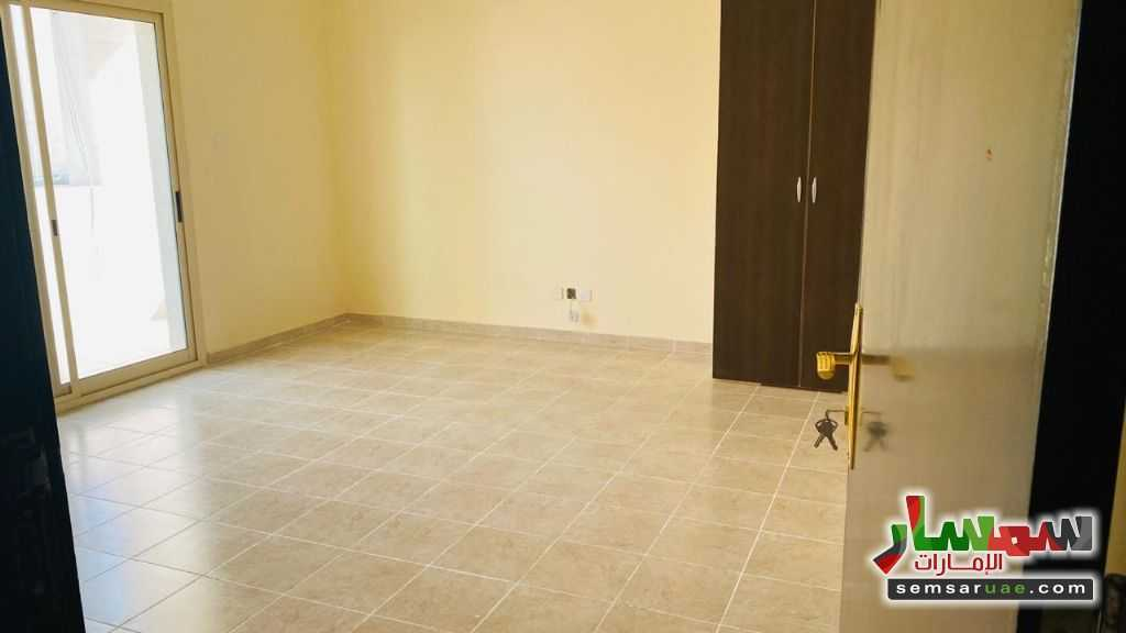 Ad Photo: Room 6 sqm in Khalifa City  Abu Dhabi