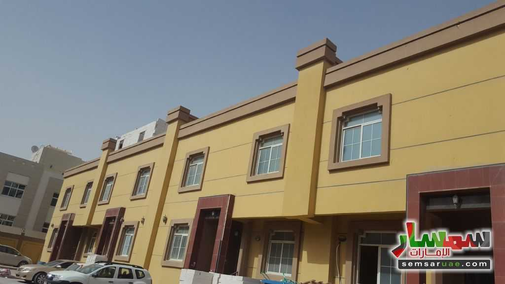 Photo 2 - Apartment 1 bedroom 1 bath 40 sqm super lux For Rent Mohamed Bin Zayed City Abu Dhabi