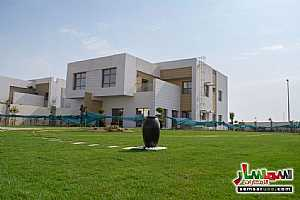 Ad Photo: Villa 5 bedrooms 7 baths 10000 sqm extra super lux in Al Suyoh  Sharjah