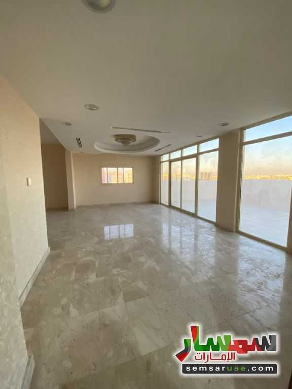 Ad Photo: Villa 4 bedrooms 5 baths 3200 sqft super lux in Al Jerf  Ajman