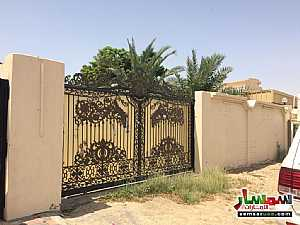 Villa 3 bedrooms 3 baths 3,000 sqft lux For Rent Al Hamidiya Ajman - 5