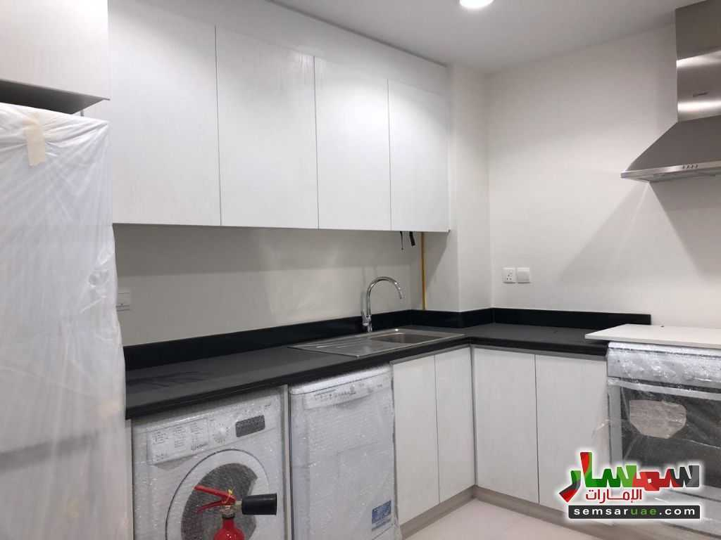 Photo 2 - Apartment 1 bedroom 1 bath 450 sqft super lux For Sale Dubai Land Dubai