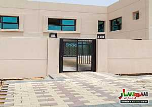 Villa 4 bedrooms 5 baths 2100 sqft extra super lux