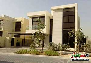 Ad Photo: Villa 3 bedrooms 3 baths 2600 sqft extra super lux in Dubai Land  Dubai