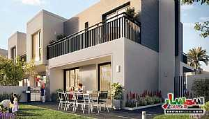 Villa 3 bedrooms 3 baths 1,900 sqft extra super lux For Sale Dubai Land Dubai - 5