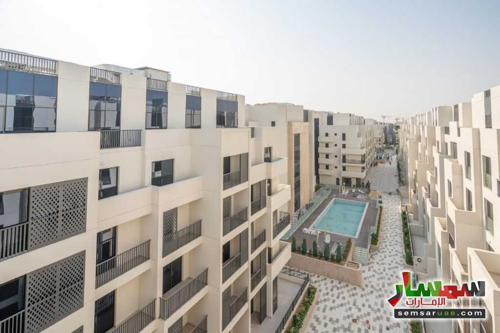 Ad Photo: Apartment 1 bedroom 2 baths 765 sqft extra super lux in Mirdif  Dubai
