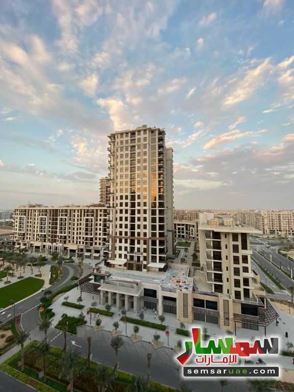 Ad Photo: Apartment 2 bedrooms 3 baths 975 sqft extra super lux in Dubai Land  Dubai