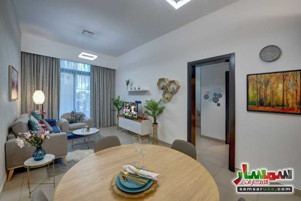 Ad Photo: Apartment 2 bedrooms 2 baths 824 sqft extra super lux in Jumeirah Village Circle  Dubai