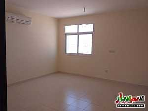 Apartment 1 bedroom 1 bath 1,100 sqm extra super lux For Rent Shakhbout City Abu Dhabi - 9