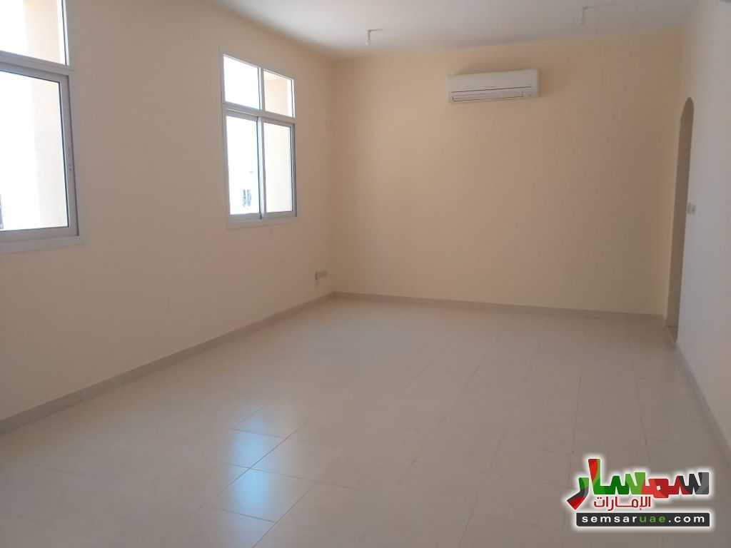 Photo 11 - Apartment 1 bedroom 1 bath 1,100 sqm extra super lux For Rent Shakhbout City Abu Dhabi