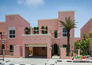 Villa 4 bedrooms 6 baths 5050 sqft super lux