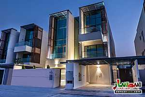 Ad Photo: Villa 6 bedrooms 7 baths 6999 sqft extra super lux in Mohammad Bin Rashid City  Dubai