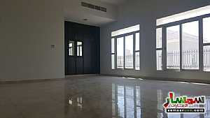 Ad Photo: Villa 5 bedrooms 5 baths 13000 sqft extra super lux in Khalifa City  Abu Dhabi