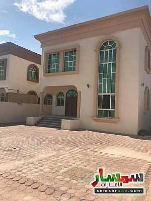 Villa 5 bedrooms 5 baths 4200 sqft lux For Sale Al Rawdah Ajman - 2