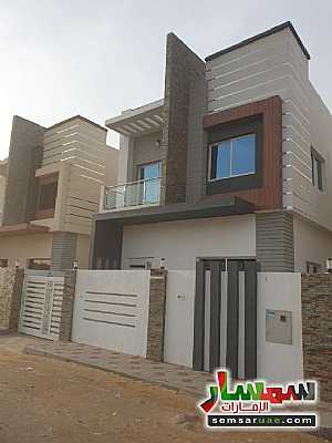 Villa 3 bedrooms 5 baths 3,000 sqft super lux For Sale Al Helio Ajman - 4