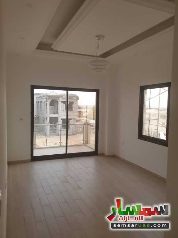 Photo 9 - Villa 3 bedrooms 5 baths 3,000 sqft super lux For Sale Al Helio Ajman