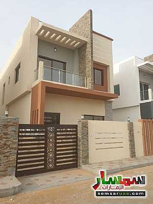 Villa 3 bedrooms 5 baths 3,000 sqft super lux For Sale Al Helio Ajman - 10