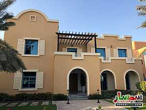 Ad Photo: Villa 5 bedrooms 5 baths 4500 sqft extra super lux in Dubai Silicon Oasis  Dubai