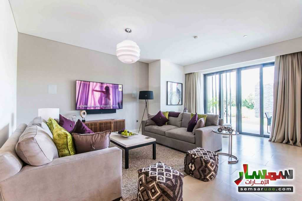 Photo 7 - Villa 4 bedrooms 5 baths 3,300 sqft extra super lux For Sale Mohammad Bin Rashid City Dubai