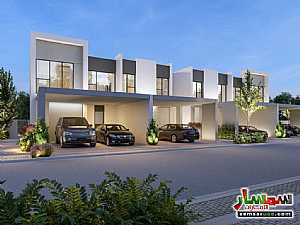 Ad Photo: Villa 5 bedrooms 5 baths 233 sqm super lux in Dubai Land  Dubai