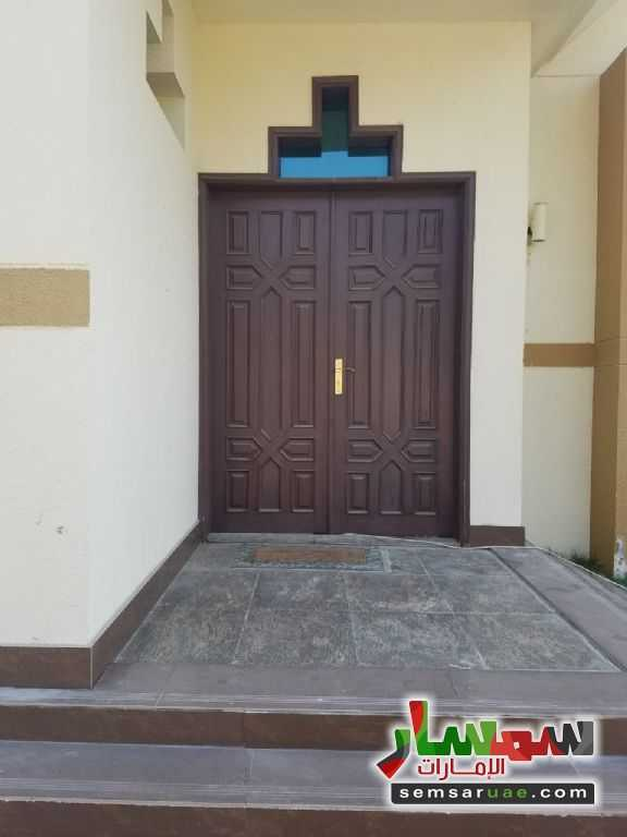 Photo 11 - Villa 4 bedrooms 4 baths 600 sqm extra super lux For Rent Nadd Al Hammar Dubai