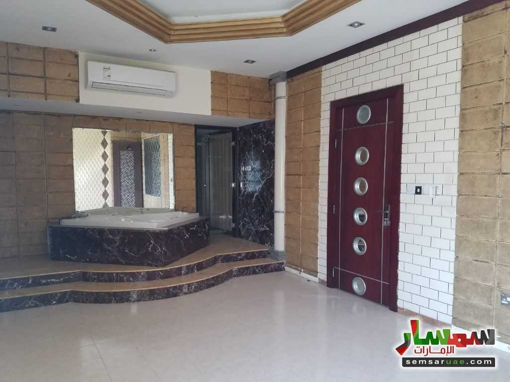 Photo 12 - Villa 4 bedrooms 4 baths 600 sqm extra super lux For Rent Nadd Al Hammar Dubai