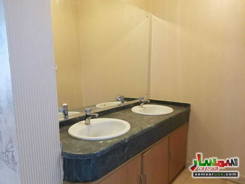 Photo 13 - Villa 4 bedrooms 4 baths 600 sqm extra super lux For Rent Nadd Al Hammar Dubai