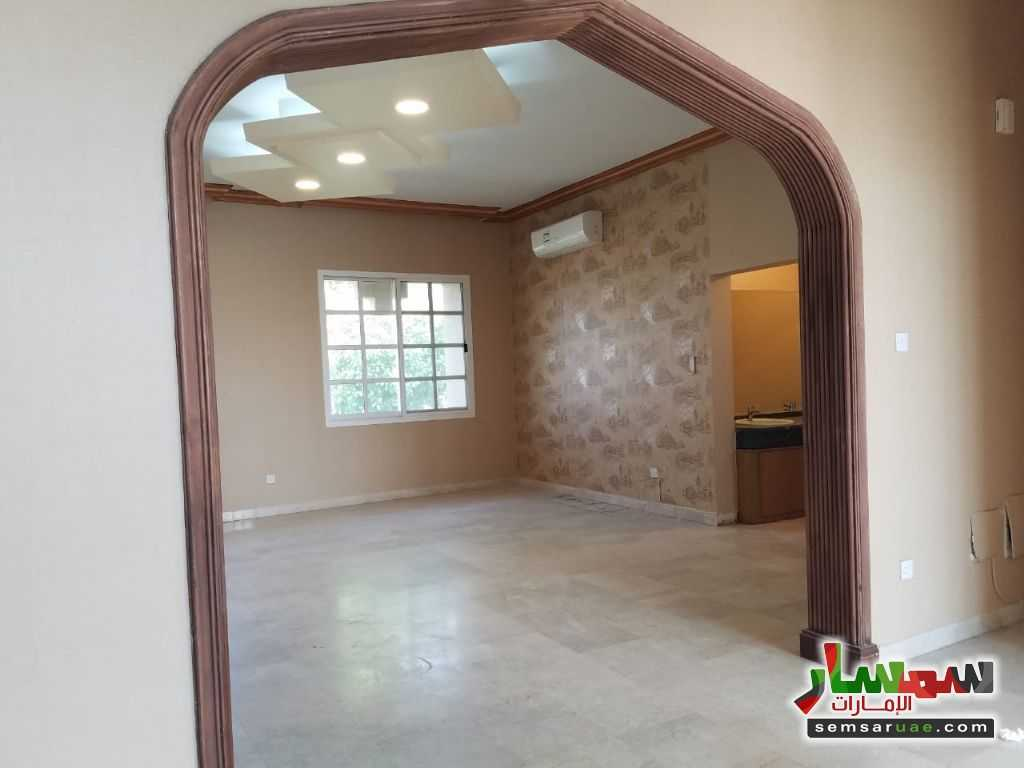 Photo 14 - Villa 4 bedrooms 4 baths 600 sqm extra super lux For Rent Nadd Al Hammar Dubai