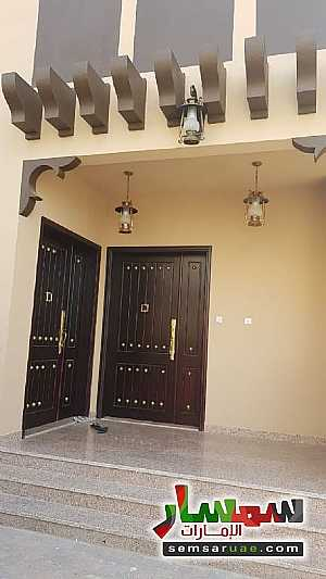 Ad Photo: Villa 5 bedrooms 6 baths 545 sqm extra super lux in Zakher  Al Ain