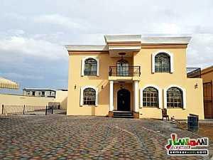Ad Photo: Villa 4 bedrooms 2 baths 10000 sqft super lux in Al Rahmaniya  Sharjah