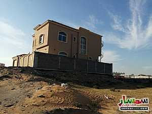 Ad Photo: Villa 5 bedrooms 7 baths 3200 sqft extra super lux in Al Yasmeen  Ajman