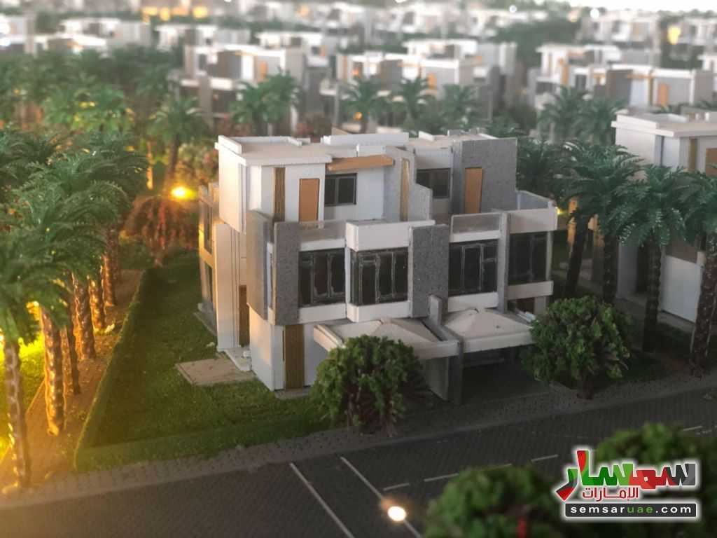 Photo 1 - Villa 3 bedrooms 3 baths 1989 sqft lux For Sale Dubai Land Dubai