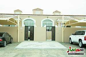 Villa 2 bedrooms 2 baths 200 sqm super lux For Sale Masfut Ajman - 3