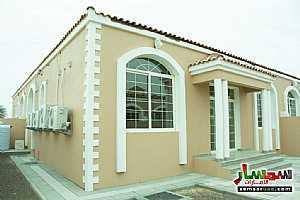 Villa 2 bedrooms 2 baths 200 sqm super lux For Sale Masfut Ajman - 5