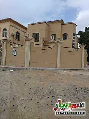 Ad Photo: Villa 5 bedrooms 4 baths 464 sqm super lux in Al Rawdah  Ajman
