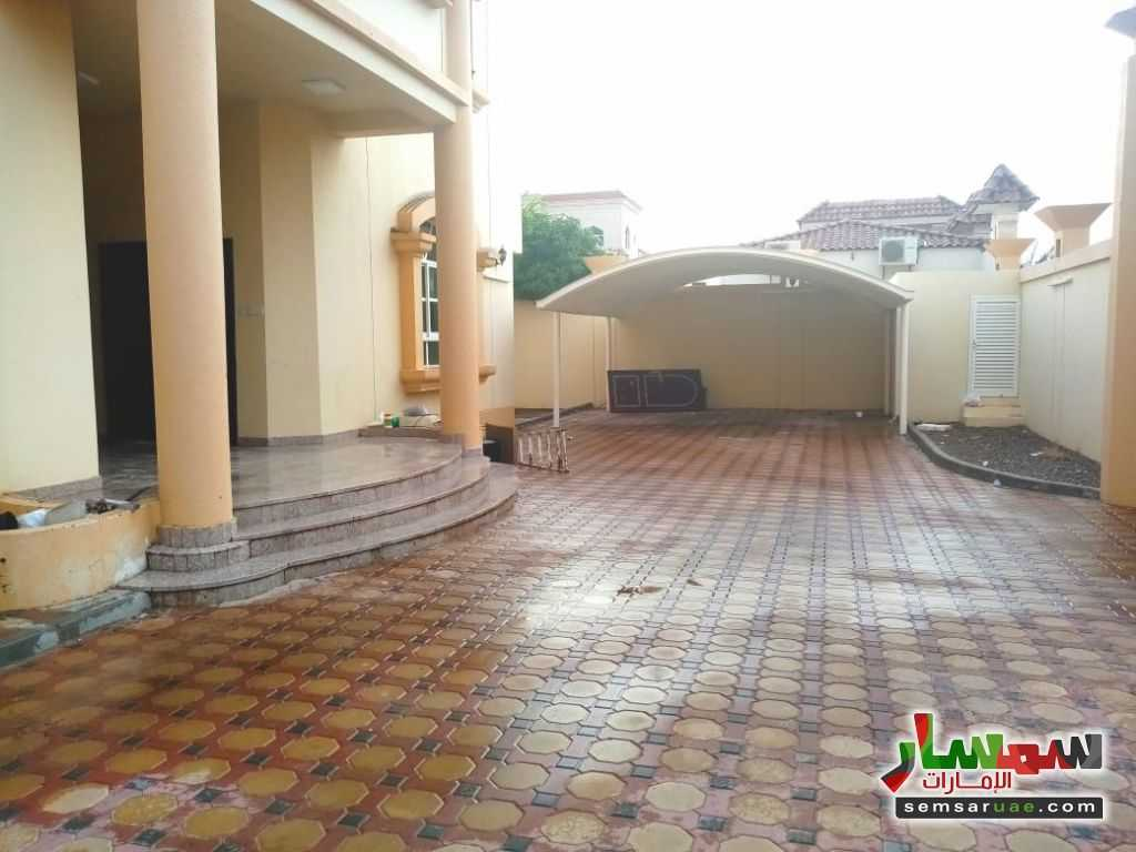 Ad Photo: Villa 5 bedrooms 7 baths 1800 sqm super lux in Al Ain