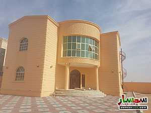 Ad Photo: Villa 6 bedrooms 7 baths 11000 sqm super lux in Al Khabisi  Al Ain
