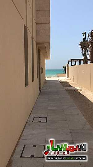 Villa 5 bedrooms 6 baths 10,000 sqft extra super lux For Sale Saadiyat Island Abu Dhabi - 18