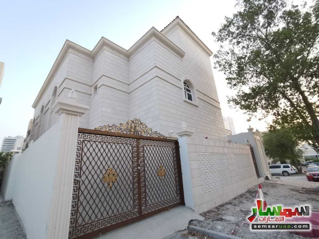 Ad Photo: Villa 8 bedrooms 10 baths 3650 sqm super lux in Muroor Area  Abu Dhabi