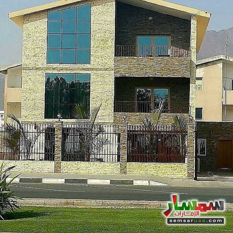Photo 1 - Villa 6 bedrooms 5 baths 406 sqm super lux For Sale Al Khaldeia Area Sharjah