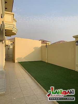 Villa 4 bedrooms 8 baths 4,300 sqft extra super lux For Sale Baniyas Abu Dhabi - 4