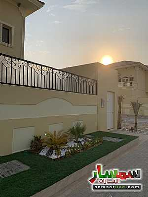 Villa 4 bedrooms 8 baths 4,300 sqft extra super lux For Sale Baniyas Abu Dhabi - 8