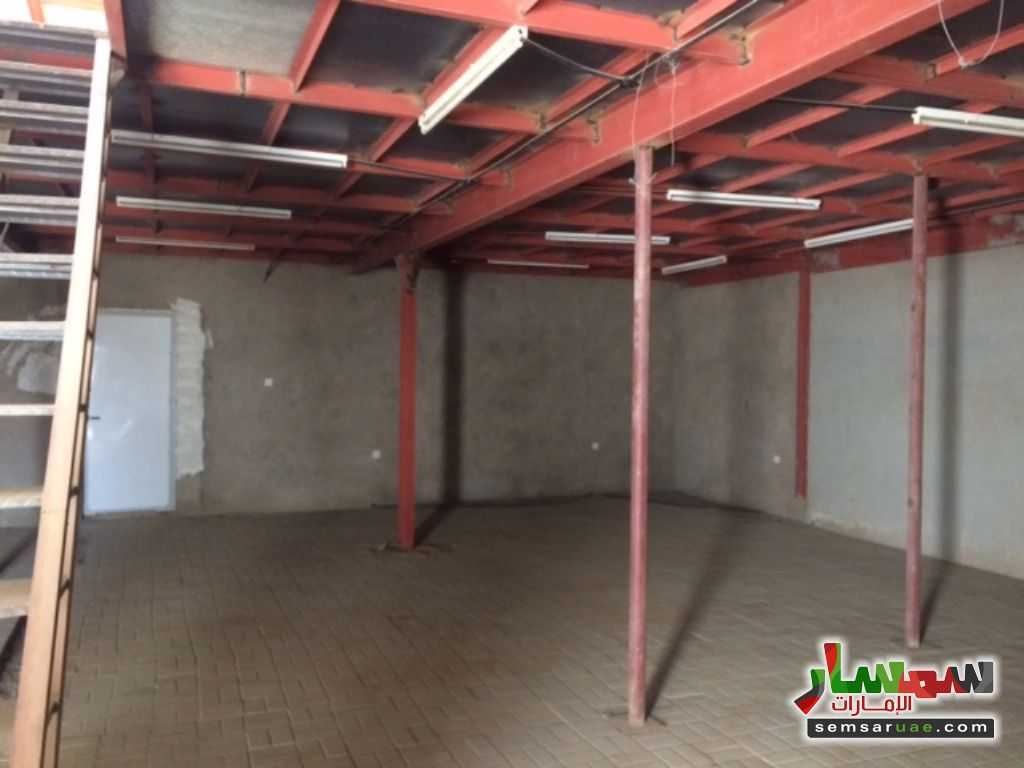 Photo 2 - Commercial 700 sqm For Rent Al Ain Industrial Area Al Ain