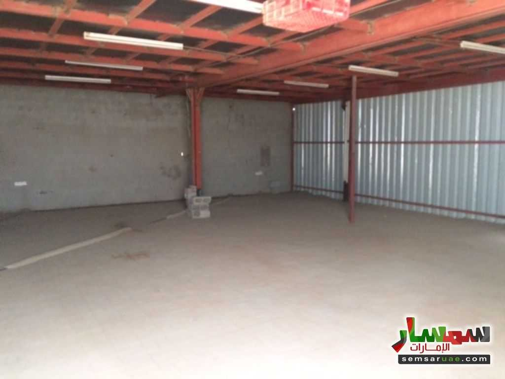 Photo 3 - Commercial 700 sqm For Rent Al Ain Industrial Area Al Ain
