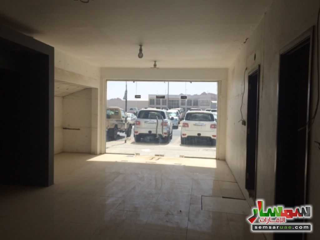 Photo 4 - Commercial 700 sqm For Rent Al Ain Industrial Area Al Ain