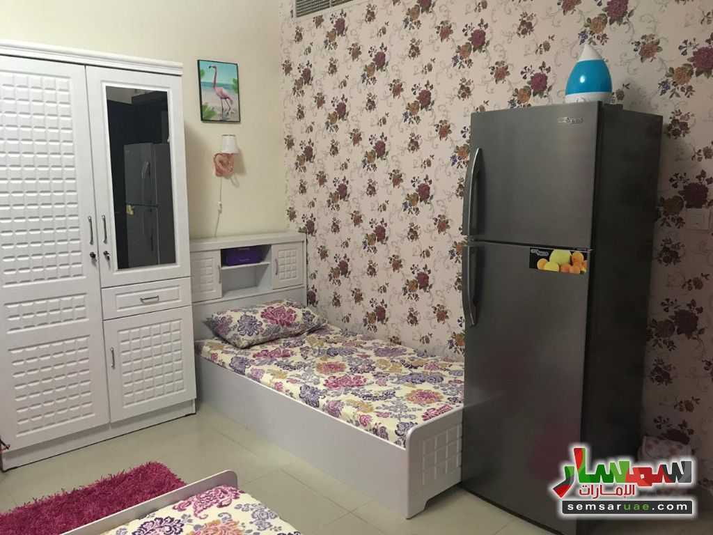 Photo 1 - Room 2,000 sqm For Rent Al Nahda Sharjah