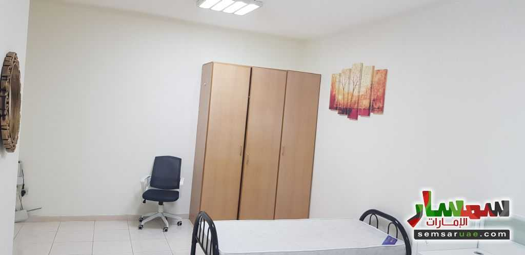 Photo 1 - Room 8 sqm For Rent Al Taawun Sharjah