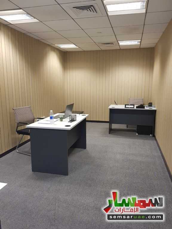 Photo 2 - Commercial 240 sqft For Rent Deira Dubai